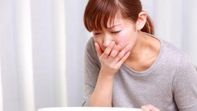 تصویر از علائم مسمومیت غذایی و درمان های خانگی مسمومیت
