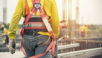 تصویر از کار در ارتفاع چیست؟ مزایا و معایب کار در ارتفاع