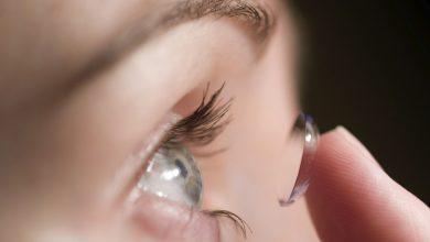 تصویر از هر آنچه باید درباره لنز چشم بدانید | روش های مراقبت از لنز چشم