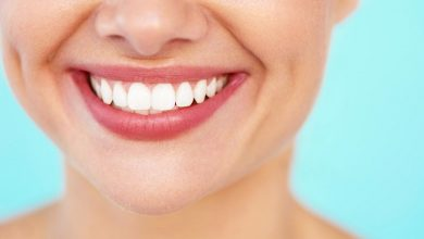 تصویر از سفید کردن دندان ها با روش های خانگی و آسان
