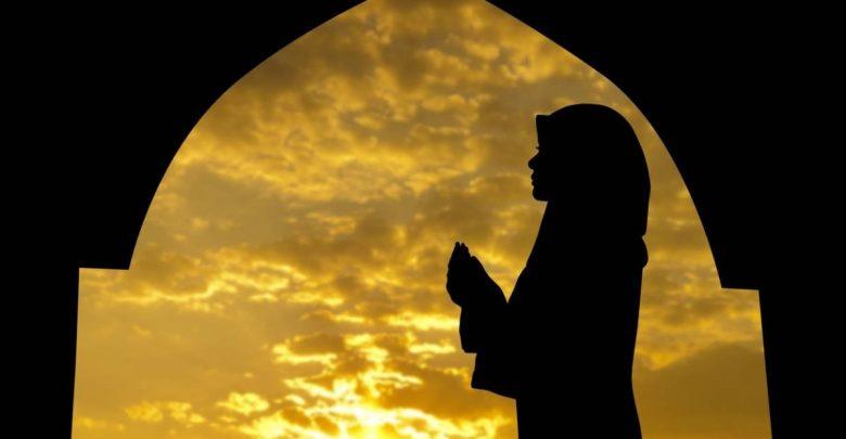 چرا باید نماز بخوانیم