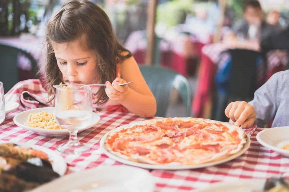 چاق شدن سریع کودکان