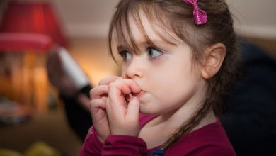 تصویر از درمان ناخن جویدن کودکان
