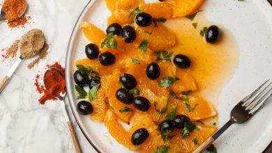 تصویر از طرز تهیه سالاد پرتقال تند