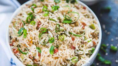 تصویر از طرز تهیه برنج چینی با سبزیجات و مرغ