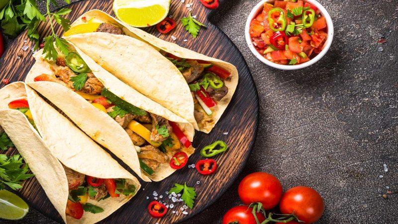 تاکو گوشت مکزیکی