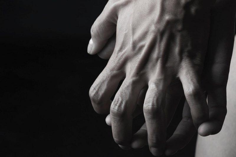 برجستگی رگ های پشت دست