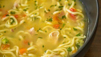 سوپ رشته فرنگی با مرغ