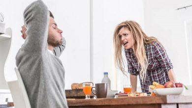 تصویر از خطرات و مضرات غر زدن زنان برای مردان