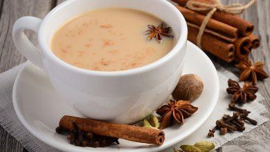 تصویر از روش تهیه چای هندی با شیر و دارچین