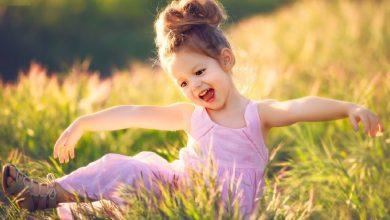 تصویر از چگونه دختری قوی، شاد و با اعتماد به نفس بالا تربیت کنیم؟