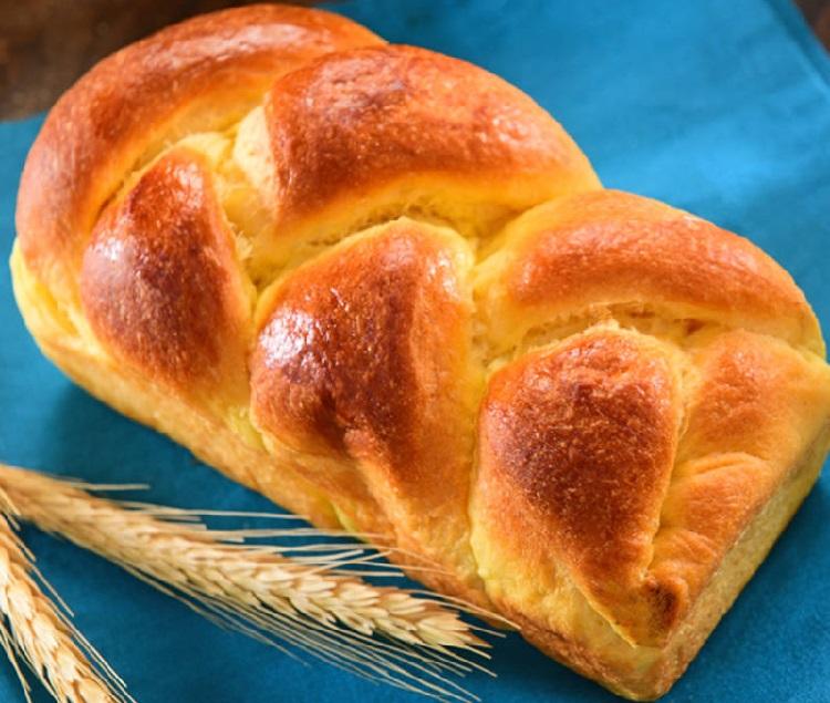 نان بریوش فرانسوی
