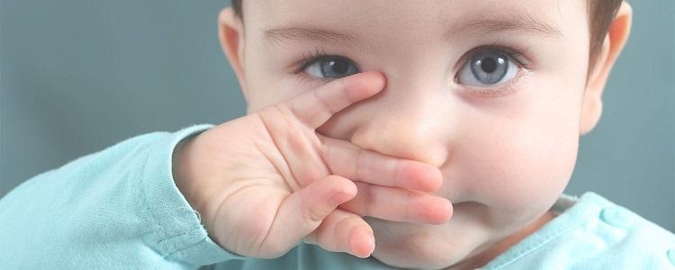 پف زیر چشم نوزاد