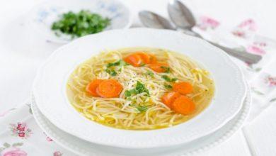 سوپ رشته فرنگی با هویج