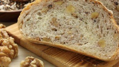 نان گردو و پنیر پارمزان
