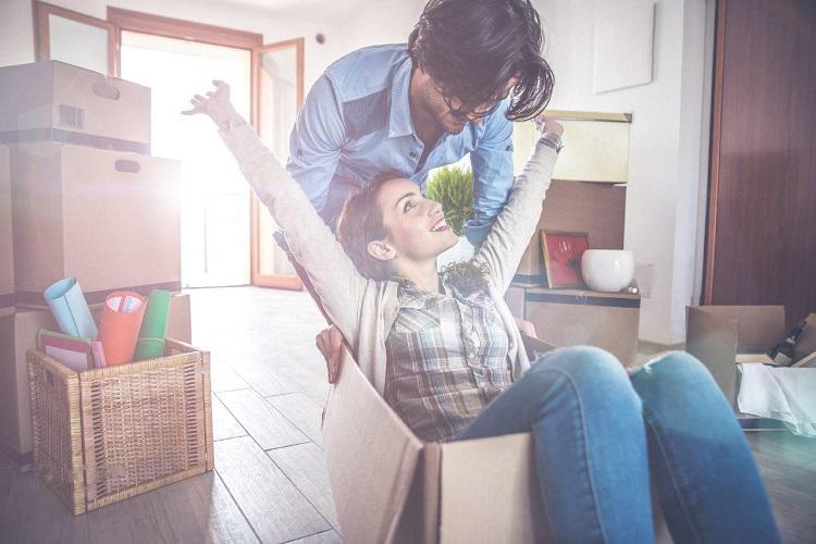 رفتار عاشقانه با همسر