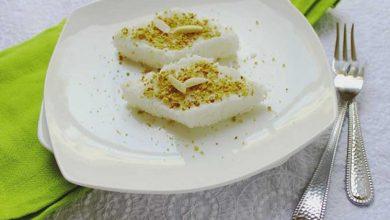 تصویر از طرز تهیه لوز نارگیل خانگی شیرینی مخصوص عید