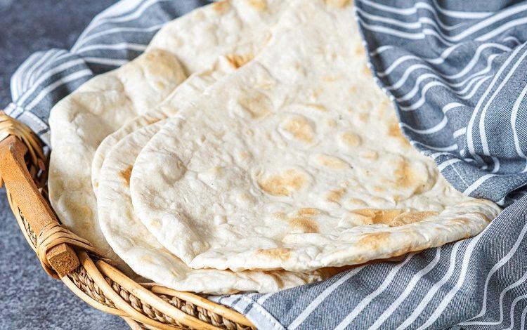 نان لواش با شیر