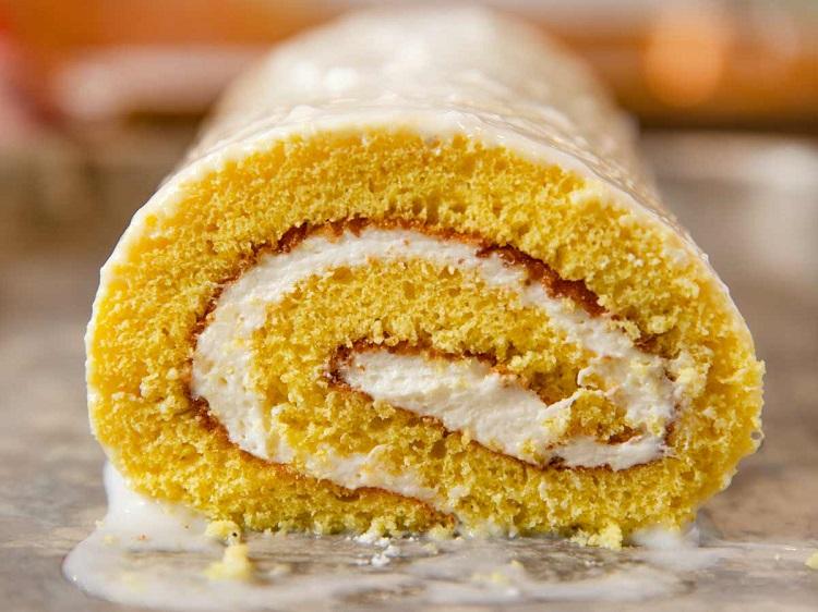 رولت کیک سوئیسی