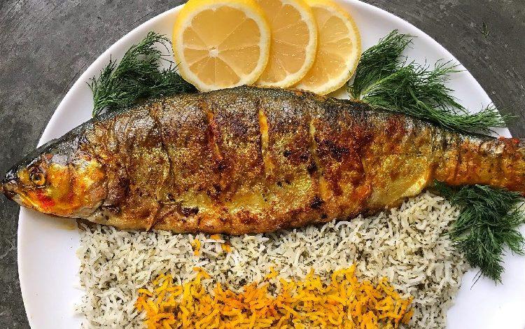 ماهی کبابی شکم پر