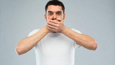 تصویر از علت گرفتگی زبان هنگام حرف زدن