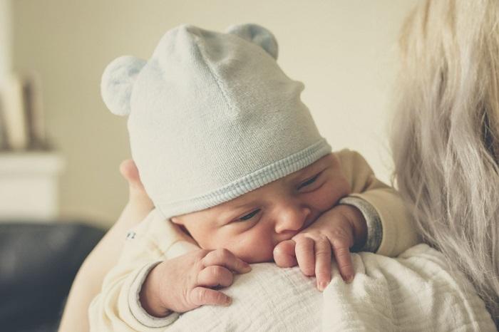 قولنج یا کولیک در نوزادان