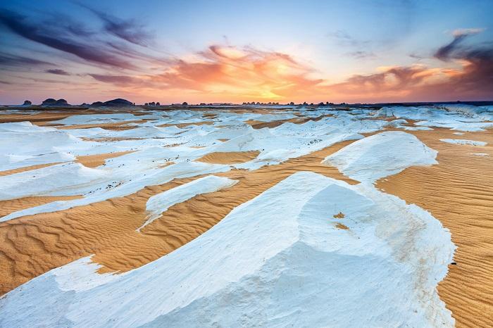 کویر سفید (White Desert) در کشور مصر