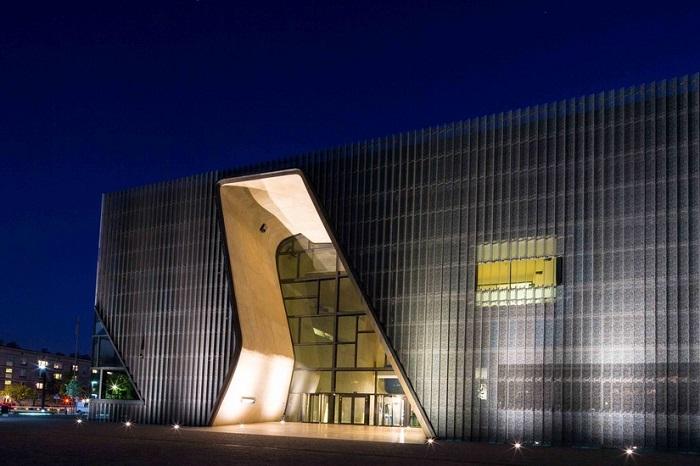 موزه تاریخ یهودیان لهستانی (POLIN)