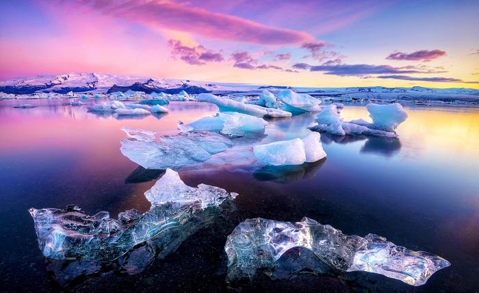 دریاچه Jökulsárlón در ایسلند