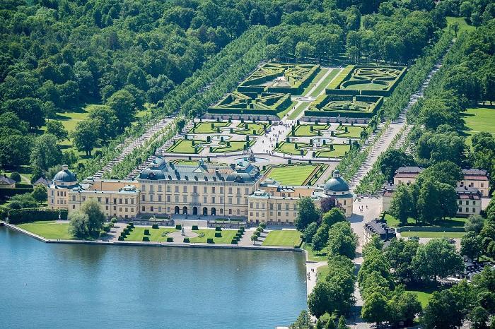 کاخ دروتنینگهام (Drottningholm Palace)