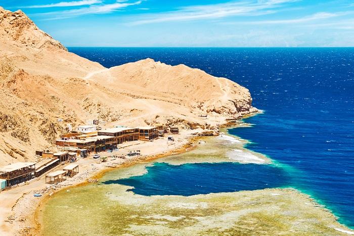 گودال آبی (Blue Hole) در کشور مصر