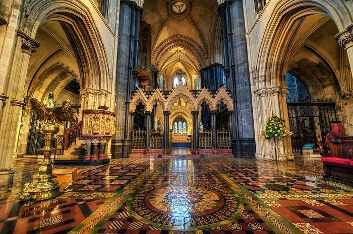 کلیسای جامع مسیحی (Church Cathedral)