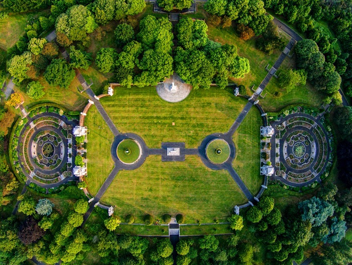 باغهای یادبود جنگ (National War Memorial Gardens)