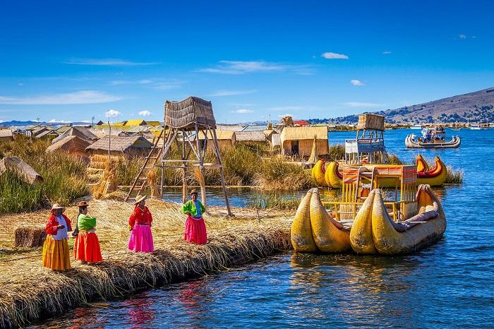 دریاچه تیتیکاکا (Titicaca) در کشور بولیوی