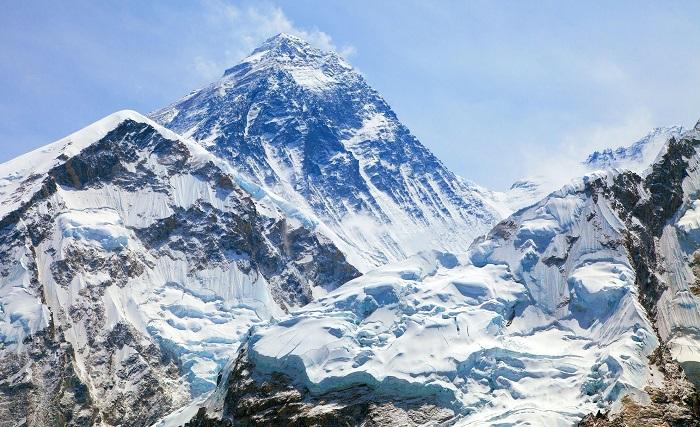 قله اورست (Everest) در کشور چین