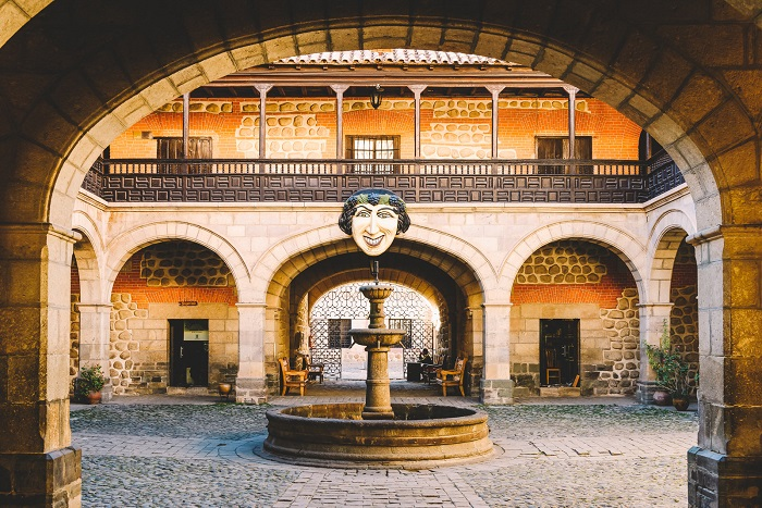 Casa de la Moneda (ضرابخانه اسپانیایی) در کشور بولیوی