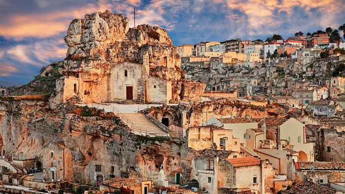 شهر ساسی دی ماترا (Sassi di Matera) در کشور ایتالیا