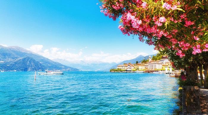 دریاچه کومو (Como) در کشور ایتالیا