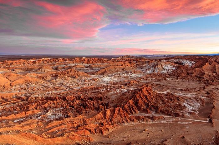 صحرای آتاکاما (Atacama) در کشور شیلی