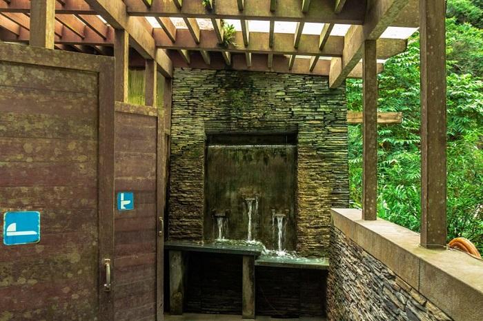 دستشویی آبشار، پارک ملی تاروکو، تایوان