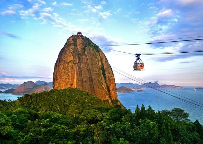 کوه شوگر لوف (Sugarloaf) در کشور برزیل