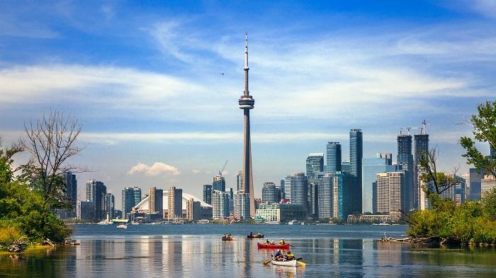 برج CN در کشور کانادا