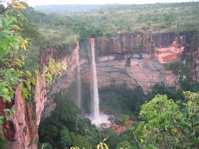 پارک ملی چاپادا دوس گویمارس (Chapada dos Guimarães) در کشور برزیل