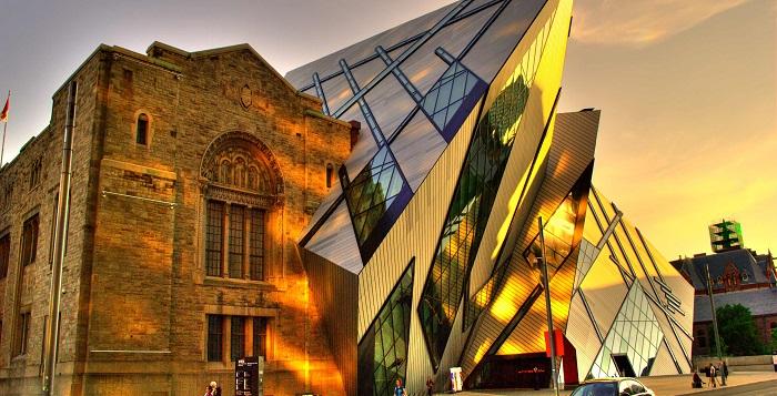 موزه سلطنتی انتاریو (Royal Ontario Museum)