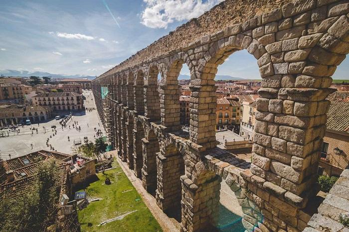 قنات سگوویا (Segovia Aqueduct) در کشور اسپانیا