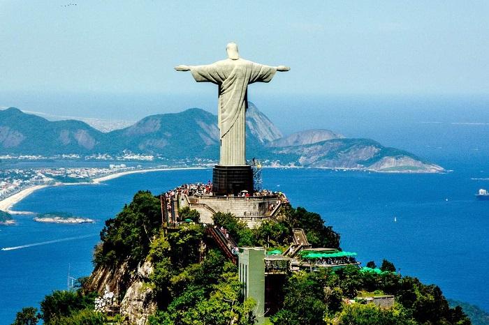 مسیح فدیه دهنده در کشور برزیل