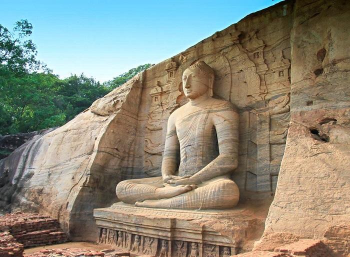 مکان گال ویهارایا (Gal Viharaya) در کشور سریلانکا