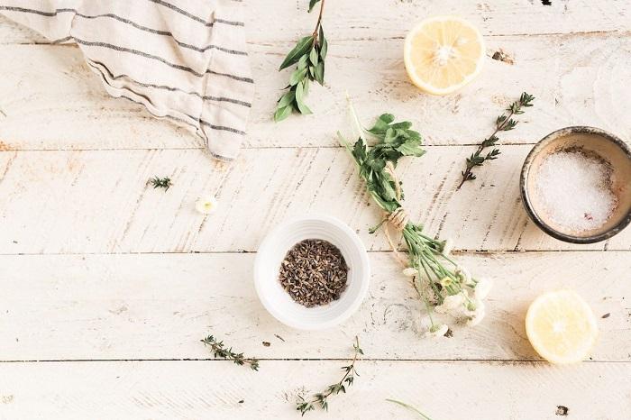 داروی گیاهی برای پوست چرب