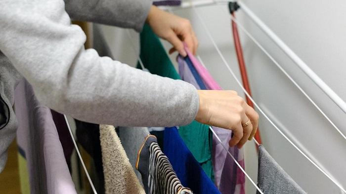 چگونه لباس ها را سریع خشک کنیم
