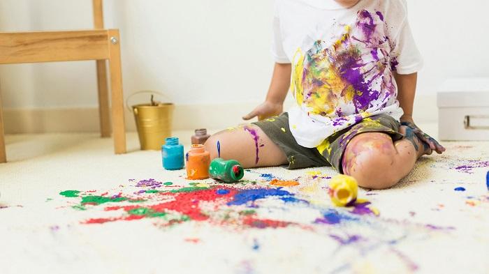 چگونه لکه گواش را از روی فرش پاک کنیم؟